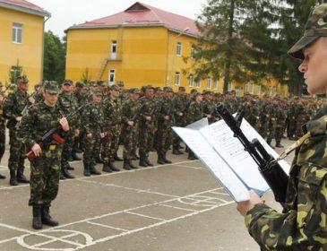 На Львівщині всі, окрім прокуратури, знають, які військкоми беруть хабарі – військовий прокурор