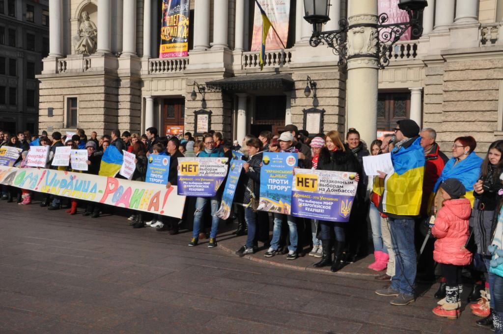 У Львові переселенці вийшли на мітинг