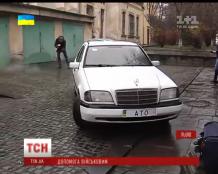 Многодетный отец из Львова пожертвовал бойцам АТО свой Mercedes