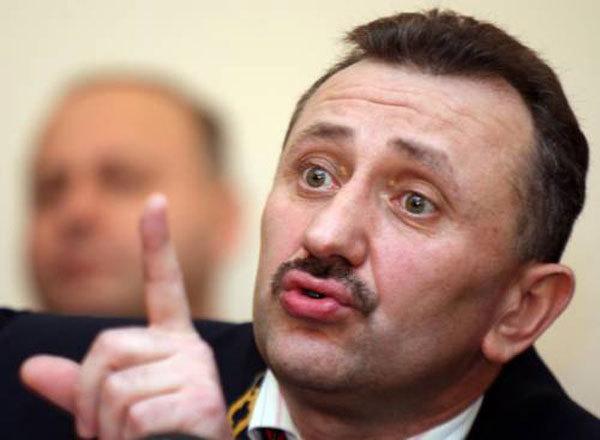 Засуджений екс-суддя Зварич вимагає поновити його на посаді
