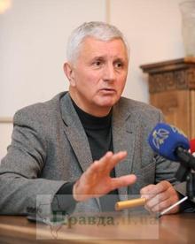 Порошенко видит в кресле спикера Анатолия Матвиенко