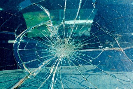Кривава ДТП на Львівщині: мікроавтобус влетів у натовп і вбив трьох 18-річних пішоходів