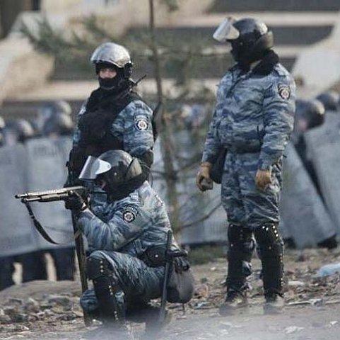 В Україну прибула делегація Гаазького трибуналу