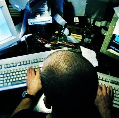 Хакери заблокували більше 1 млн доларів на рахунках терористів