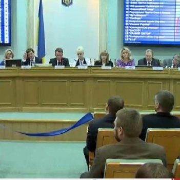 ЦИК зарегистрировала уже 357 народных депутатов