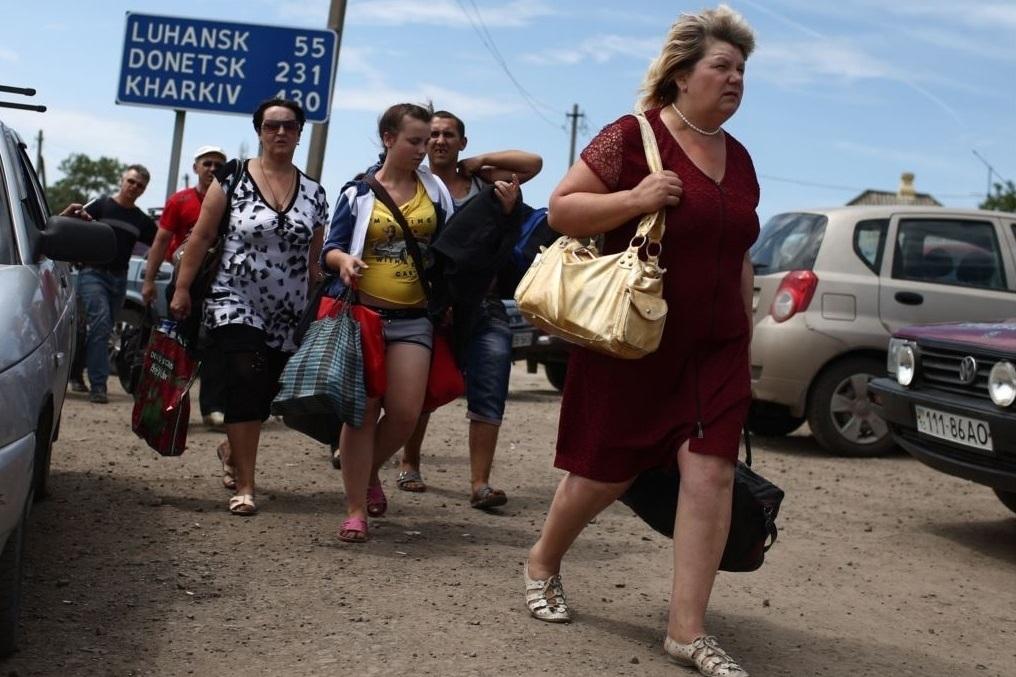 Кількість вимушених переселенців в Україні перевалила за півмільйона (ІНФОГРАФІКА)