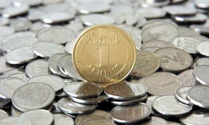 Підприємці можуть відмовитися від поставок імпортних товарів через падіння гривні (ВІДЕО)