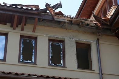 Президент взяв під особистий контроль перший обстріл будинку Андрія Садового