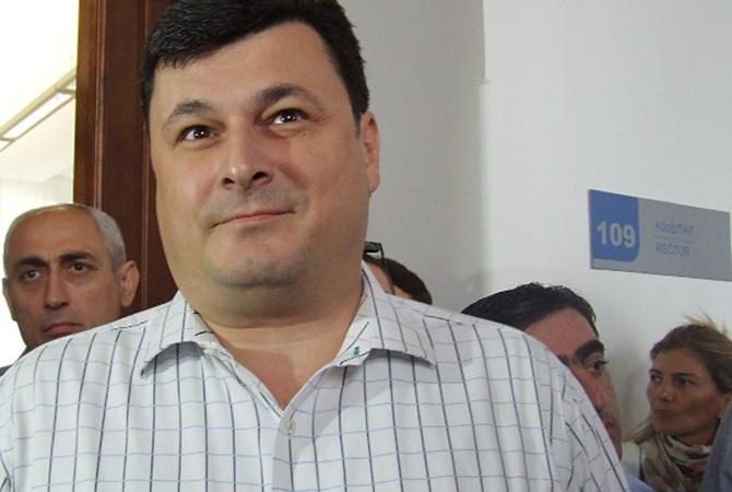Министр без медицинского образования: Александр Квиташвили (ДОСЬЕ)