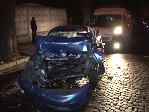 В сети выложили видео истерзанной машины после ночного ДТП (ВИДЕО, ФОТО)