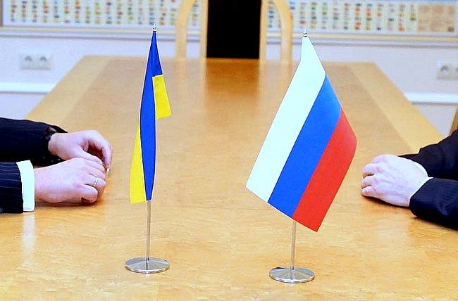 Україна і Росія підписали дві угоди про поставку електроенергії (ВІДЕО)