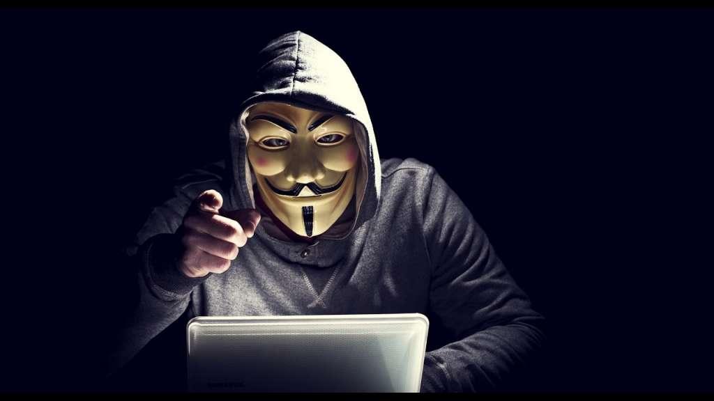 Хакери виклали в мережу 13 000 паролів і номерів кредитних карт
