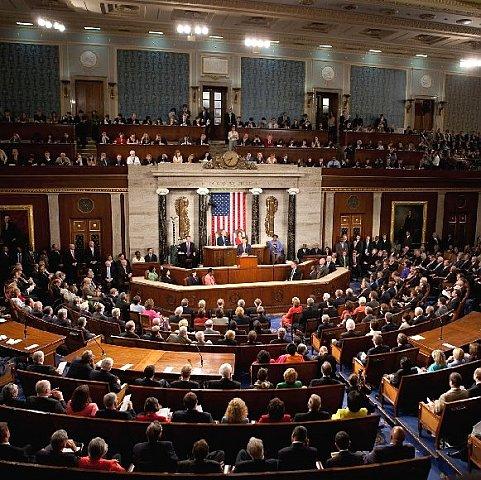 Сенат США прийняв закон на підтримку України (ВІДЕО)