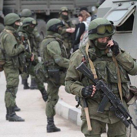 Росія передислоковує війська вздовж українського кордону