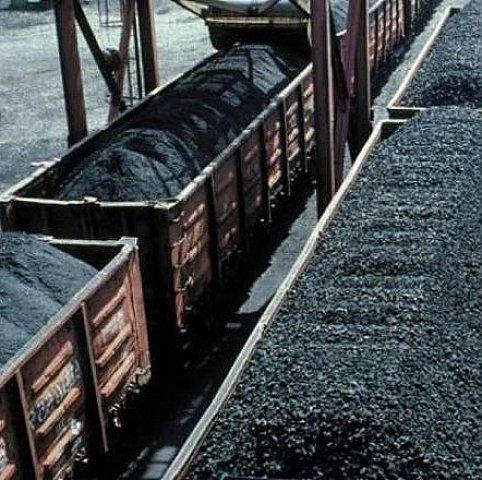 Уряд дав згоду на купівлю вугілля в бойовиків