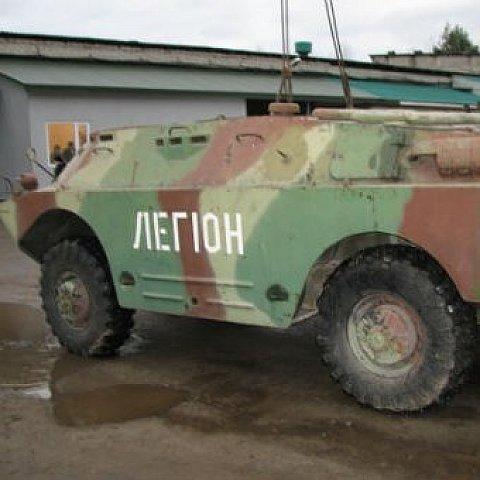 Львівські бізнесмени подарували бійцям АТО розвідувальну машину