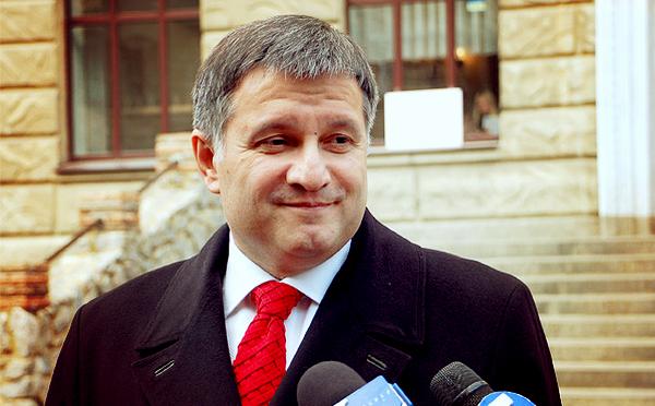 Аваков відсторонив все керівництво житомирського ДАІ після скандального відео про хабарі