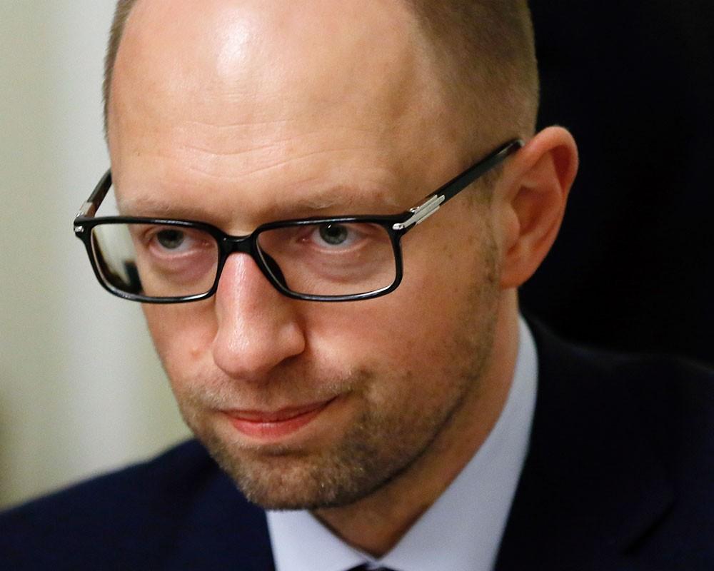 Яценюк звільнив «учасника АТО» – заступника міністра ЖКГ