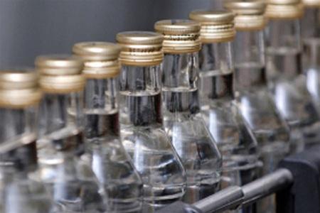 На Львівщині оперативники ДФС виявили підроблені алкоголь та цигарки на понад півмільйона гривень