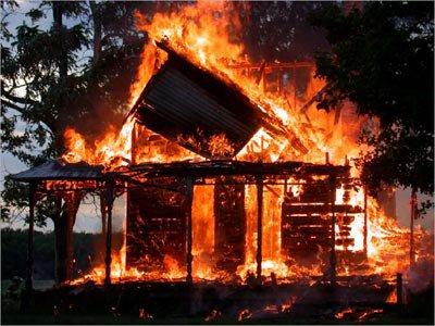 У Дрогобицькому районі під час Різдвяних свят у пожежах загинуло двоє людей
