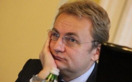 На выборах мэра Львова Садовый набирает 49,1% голосов, Кошулинский - 12,25%. В городе состоится второй тур, - ЦИК - Цензор.НЕТ 919