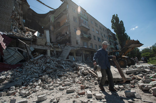 У Донецьку йде артобстріл, зруйновано кілька приватних будинків