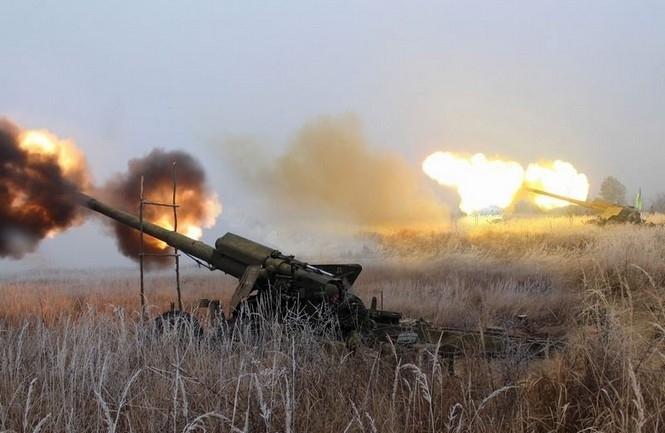 """Екстрені новини: артилерія ВСУ під Донецьком розбила елітних """"ульяновських"""" десантників і новосибірських стрільців"""