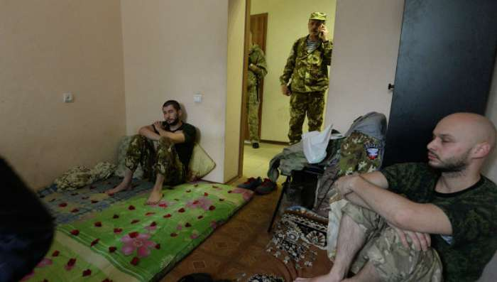 Із полону ЛНР втекла група людей, вбивши охоронців
