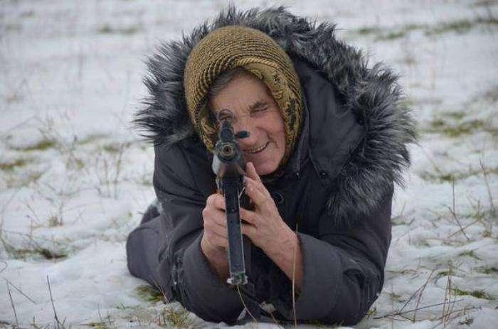 Бабуся-бандерівка зі Львівщини підірвала Інтернет (ФОТО)