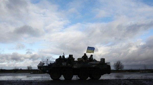 У зоні АТО за добу загинув 1 український військовий, 40 поранені