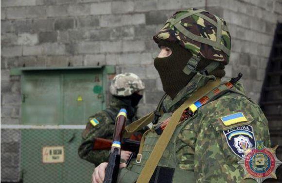 60 правоохоронців зі Львівщини охороняють стратегічно важливі об'єкти Маріуполя, – РНБОУ