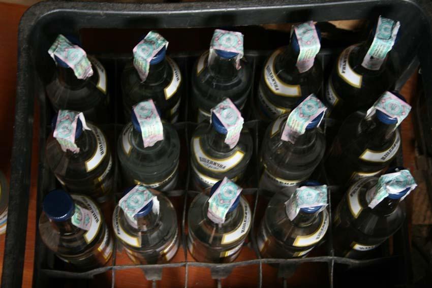 Бойовики «ДНР» викрали півмільйона пляшок горілки в Донецьку