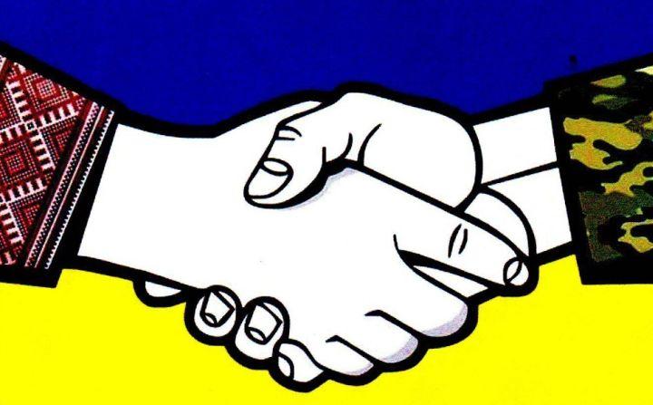 Соцэксперимент:  реакции людей на голодного беженца из Донбасса (ВИДЕО)