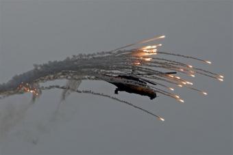 """Боевики из """"Града"""" обстреляли населенные пункты возле 29 и 31 блокпостов, погибли два человека"""