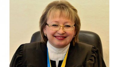 Президент перевел на службу во Львов трех судей из Донецка