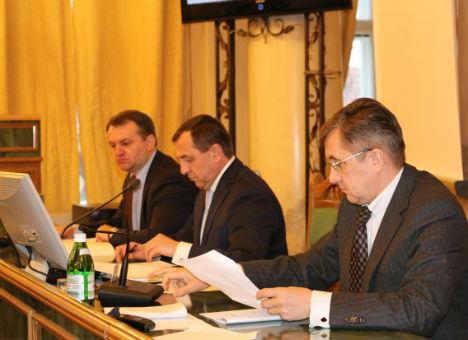 Львовские депутаты просят Кабмин упростить процедуру ведения бизнеса в Украине
