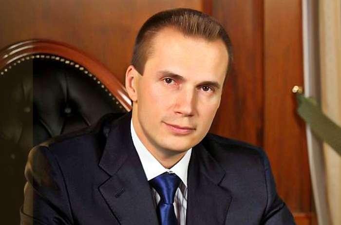 ГПУ виявила, що син Януковича є власником 4-ох українських телеканалів
