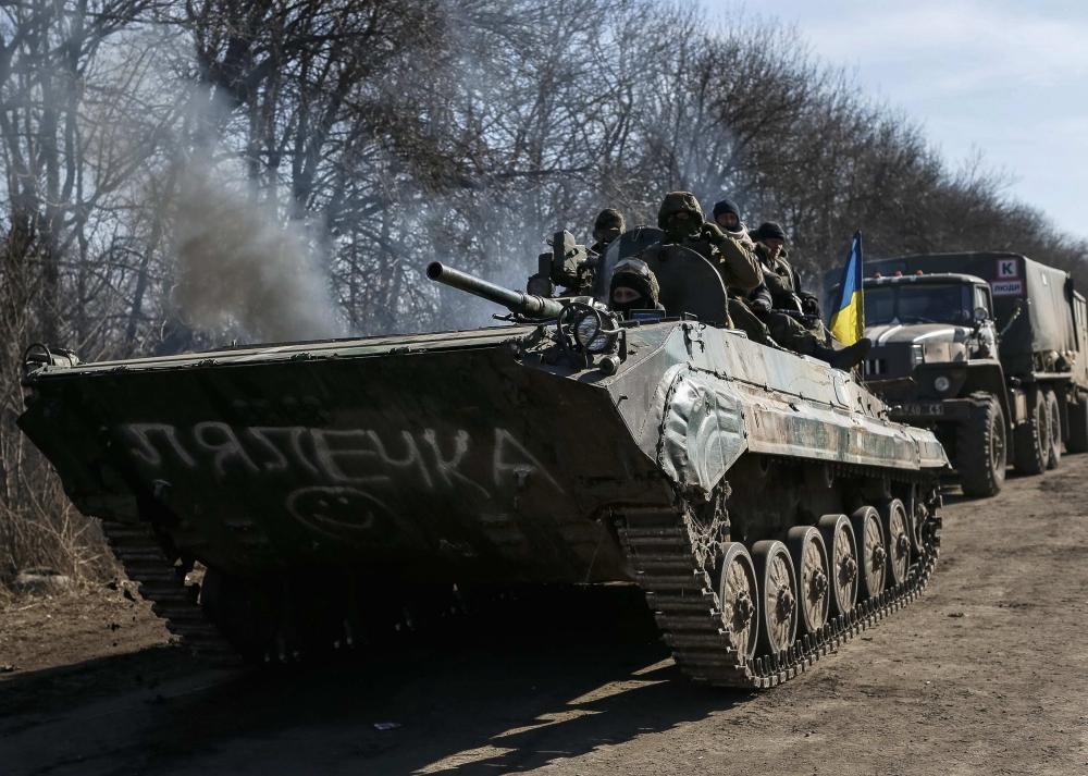 Великобританія проти поставок зброї в Україну
