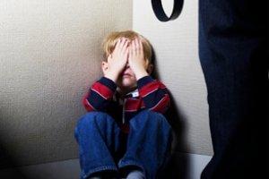 У Червонограді хлопчик втік з дому через батька-насильника