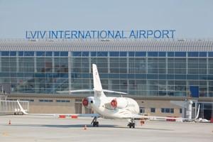 За два тижні у львівський аеропорт прийде нова влада