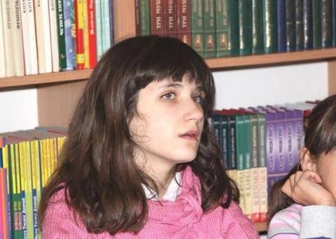 У Львові досі шукають зниклу 12-річну дівчинку (фото)