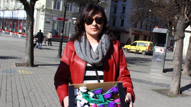Активісти закликали львів'ян не купувати живих первоцвітів