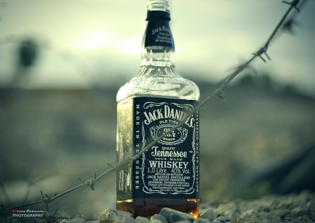 В Бориславе 21-летний мужчина украл виски на 1800 гривен