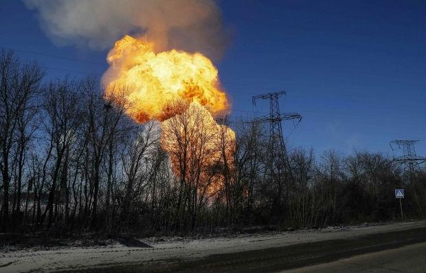 У Донецьку пролунав потужний вибух – ЗМІ (фото)