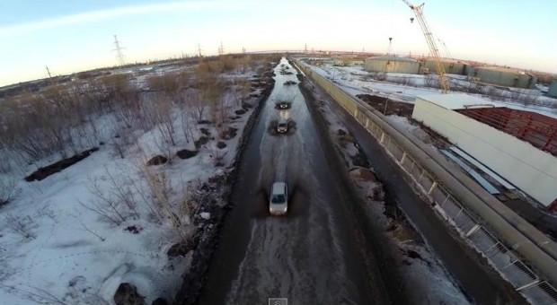 Росіянин зняв на відео кілометрову калюжу в Самарі