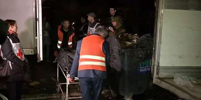 Бойовики віддали тіла 23 військових ЗСУ, загиблих в Дебальцевому (ВІДЕО)