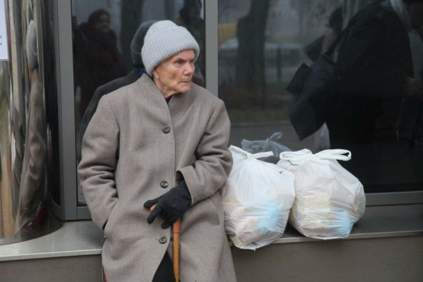 У Львові стає все більше людей, які не мають фінансової можливості купити собі їжу