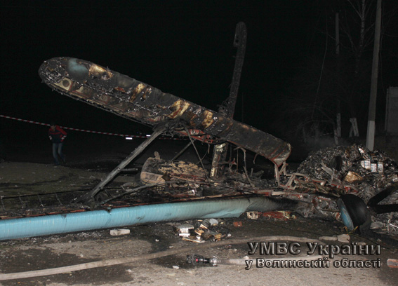 На Волыни упал самолет, пилот погиб – МВД (ФОТО)