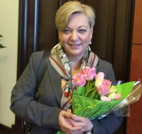 """Гонтарева каже, що події в Раді її """"надихнули"""" і у відставку не збирається"""