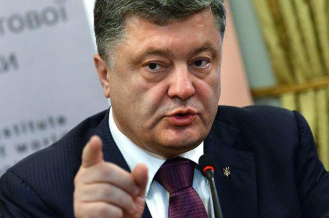 У відповідь на фільм Путіна Порошенко написав статтю про Крим